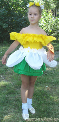 Костюм цветка для девочки из бумаги